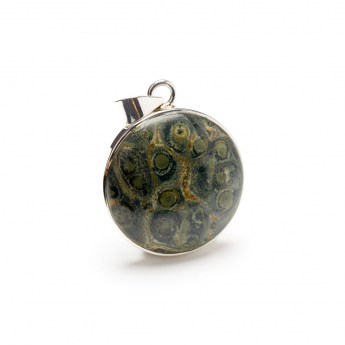 round sterling silver pendant necklace featuring a kambaba stone cabochon